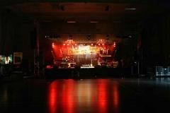 Zonicmusic_danser_med_drenge_lysshow